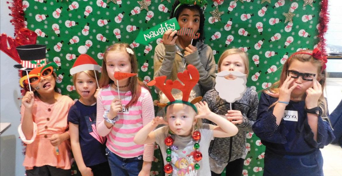 kids photobooth Christmas